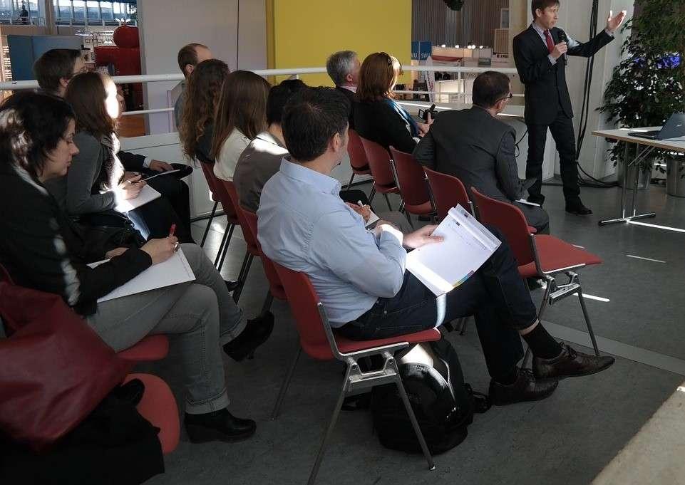 Escola de Hotelaria Suíça realiza palestra gratuita no Rio