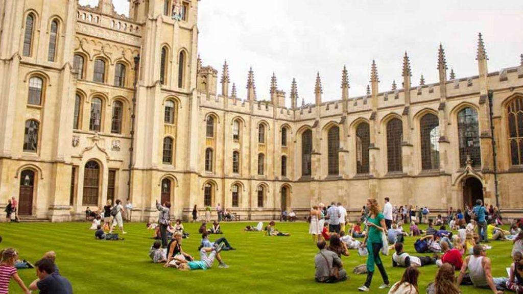 Estude e trabalhe no Reino Unido