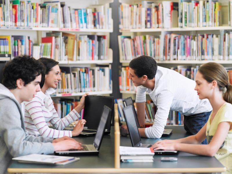 Você vai fazer um high school, um IB ou um A level?